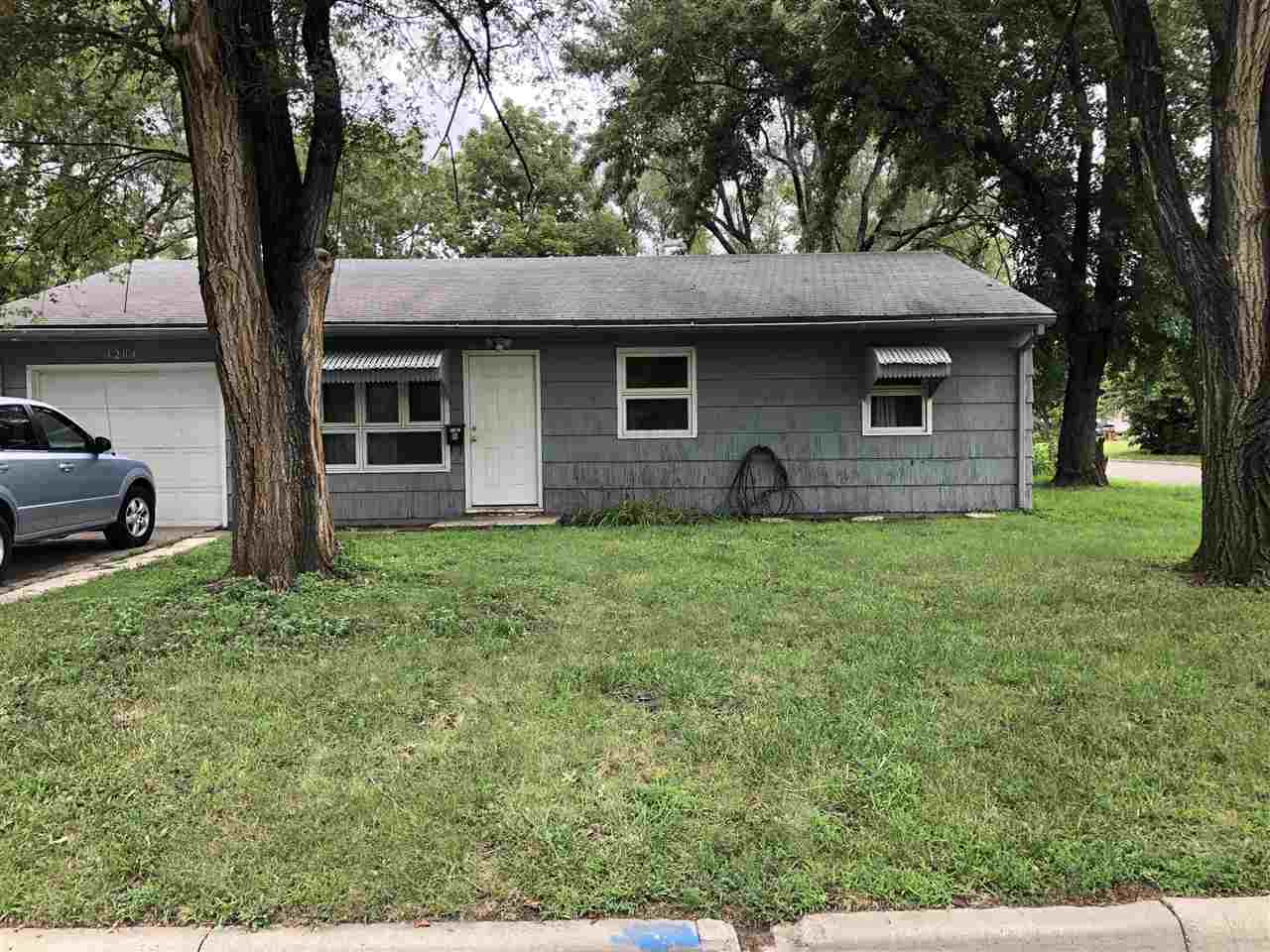 An opportunity to be an investment home or a residential home.  3 bed - 1 bath - fenced in yard - new interior paint.  Call Brittany at 7855712202 with questions for a showing.