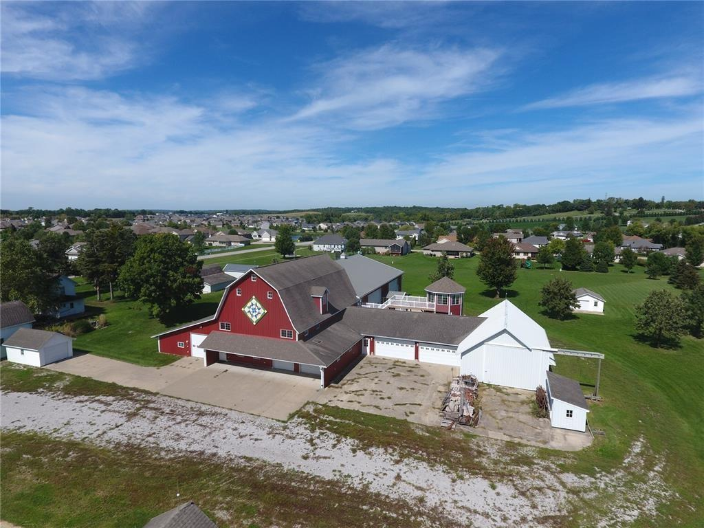 1570 Scales Bend Dr, North Liberty, IA 52317