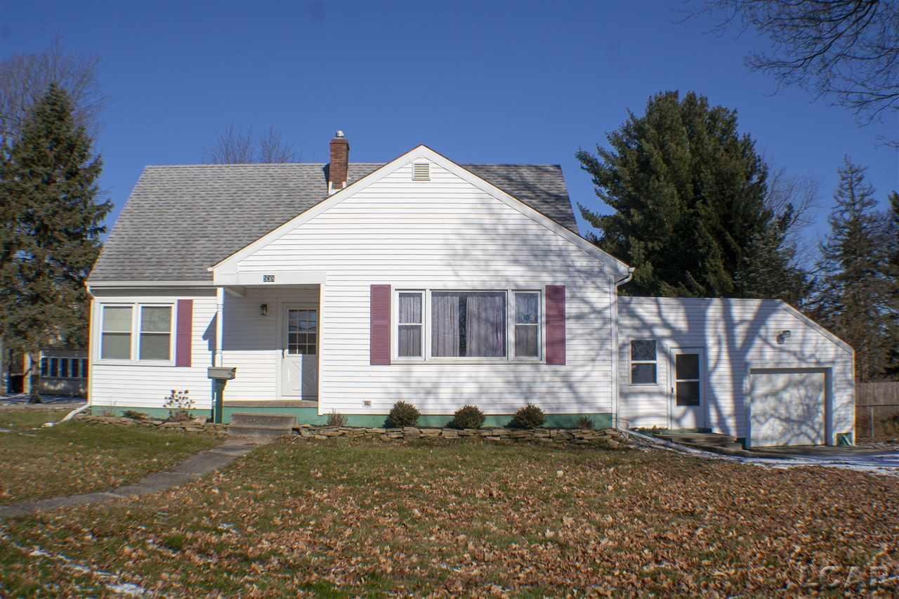 538 W Maple Ave, Adrian, MI 49221