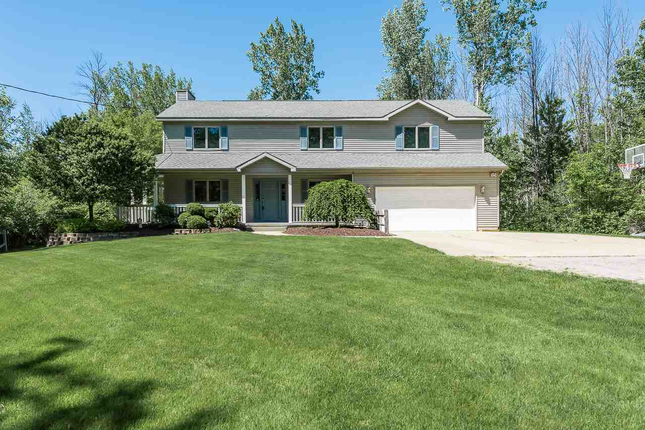 2615 E Hurley, Midland, Michigan