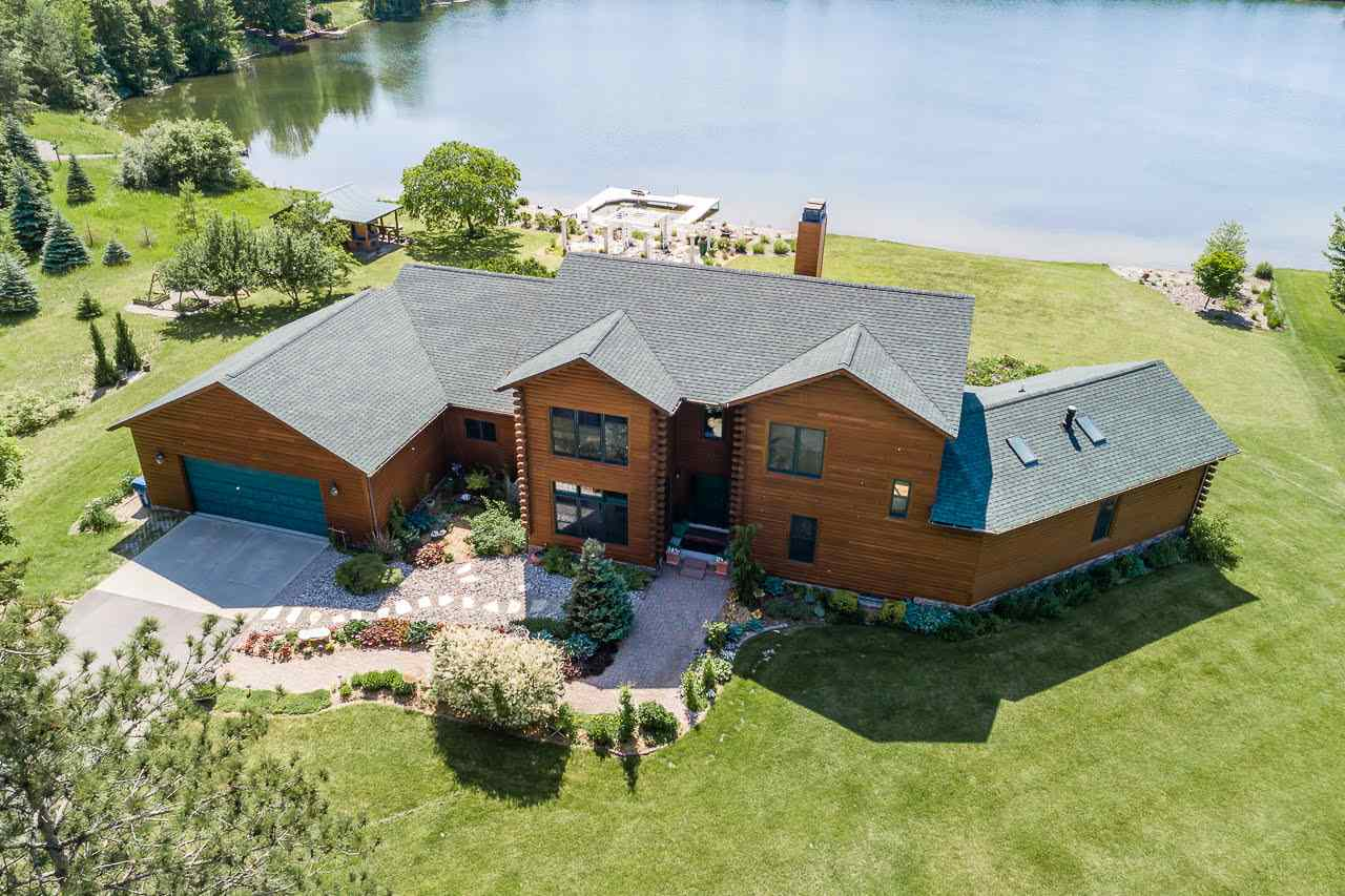 Property for sale at 1826 S Eight Mile Road, Kawkawlin,  MI 48631