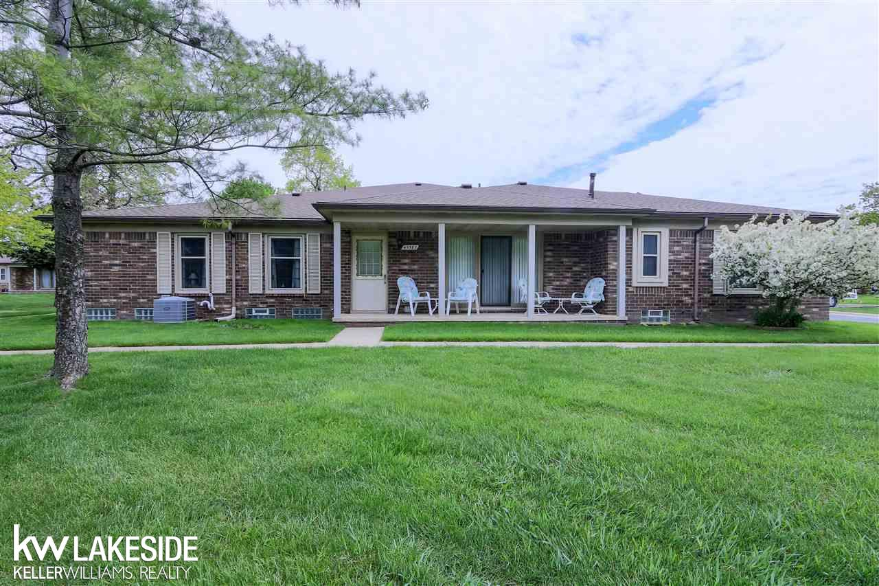 49587 Bishop Ct, Shelby Twp, MI 48315 | The Blake Team | Real Estate