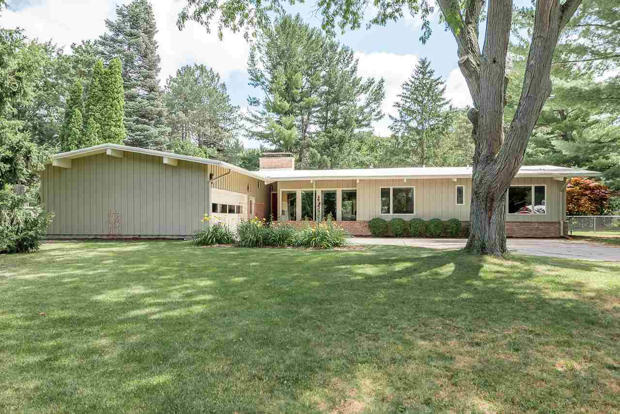 Property for sale at 3800 Applewood Rd, Midland,  MI 48640