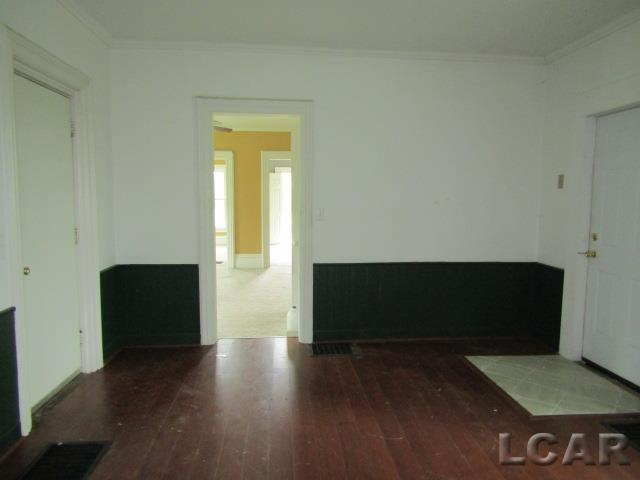 3 Bedrooms Bedrooms, 9 Rooms Rooms,1 BathroomBathrooms,Residential,For Sale,Tomer Rd,50013237