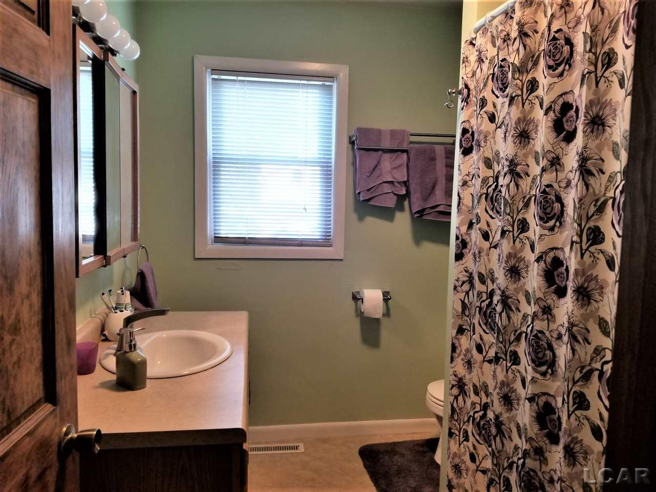 12241 Chicago Rd, Somerset Twp, Michigan 49249, 3 Bedrooms Bedrooms, ,1 BathroomBathrooms,Residential,For Sale,Chicago Rd,50021920