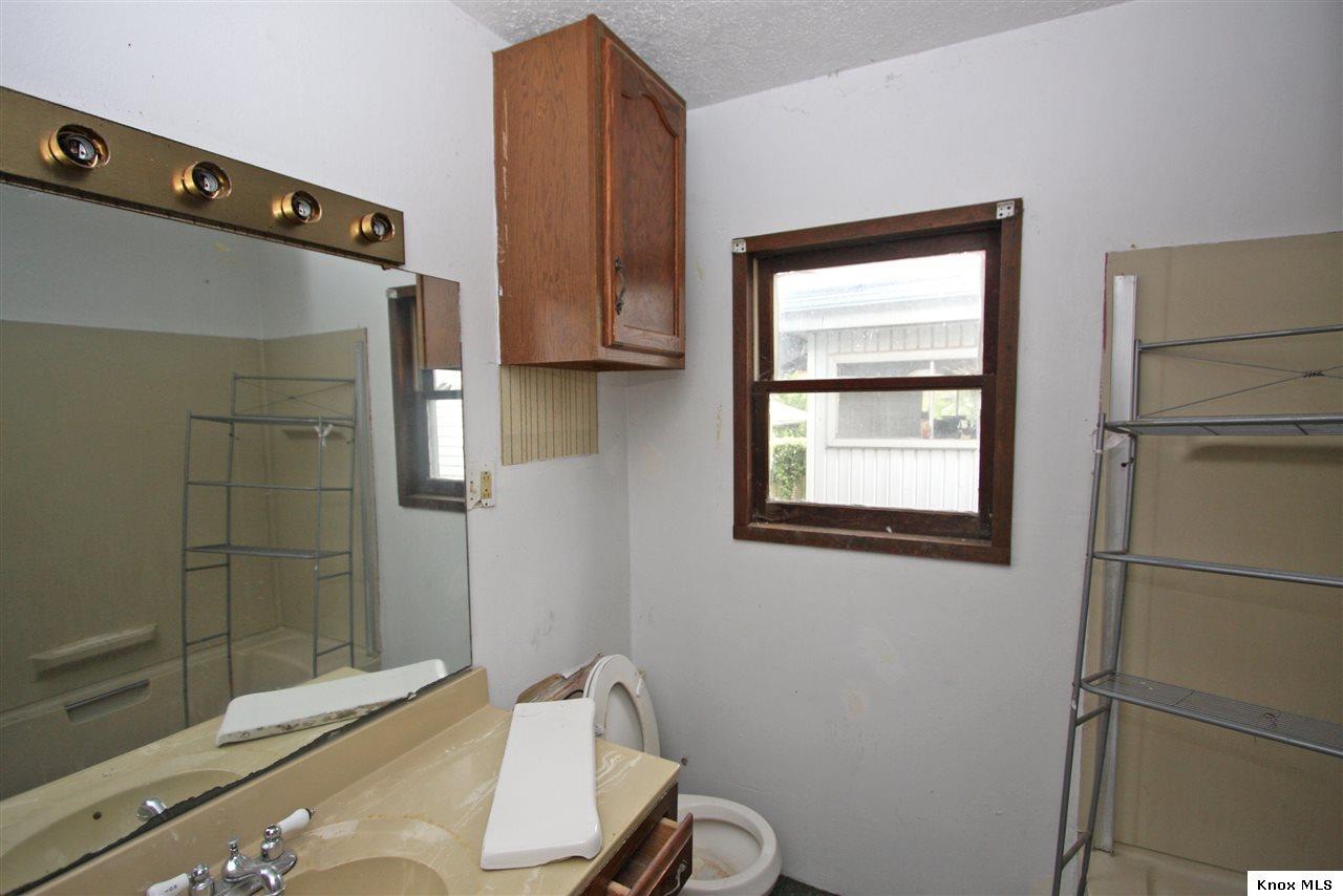 12 Third Avenue Mount Vernon Ohio 43050