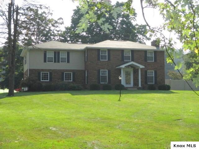 1420 Club Dr, Mount Vernon, OH 43050