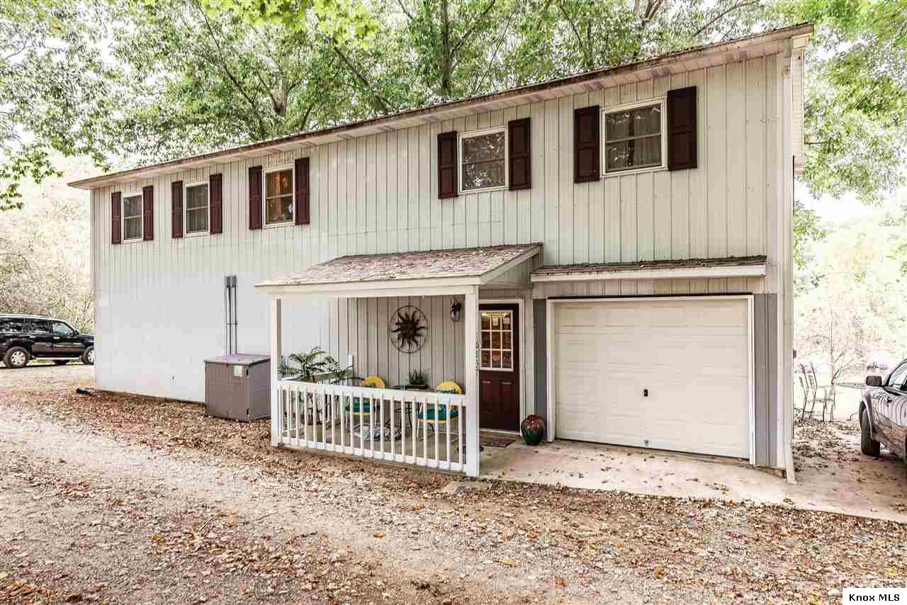 16837 S McVay Road, Fredericktown, OH 43019