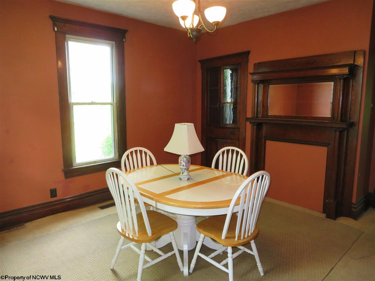 215 HAMPTON ROAD, FAIRMONT, WV 26554  Photo 7