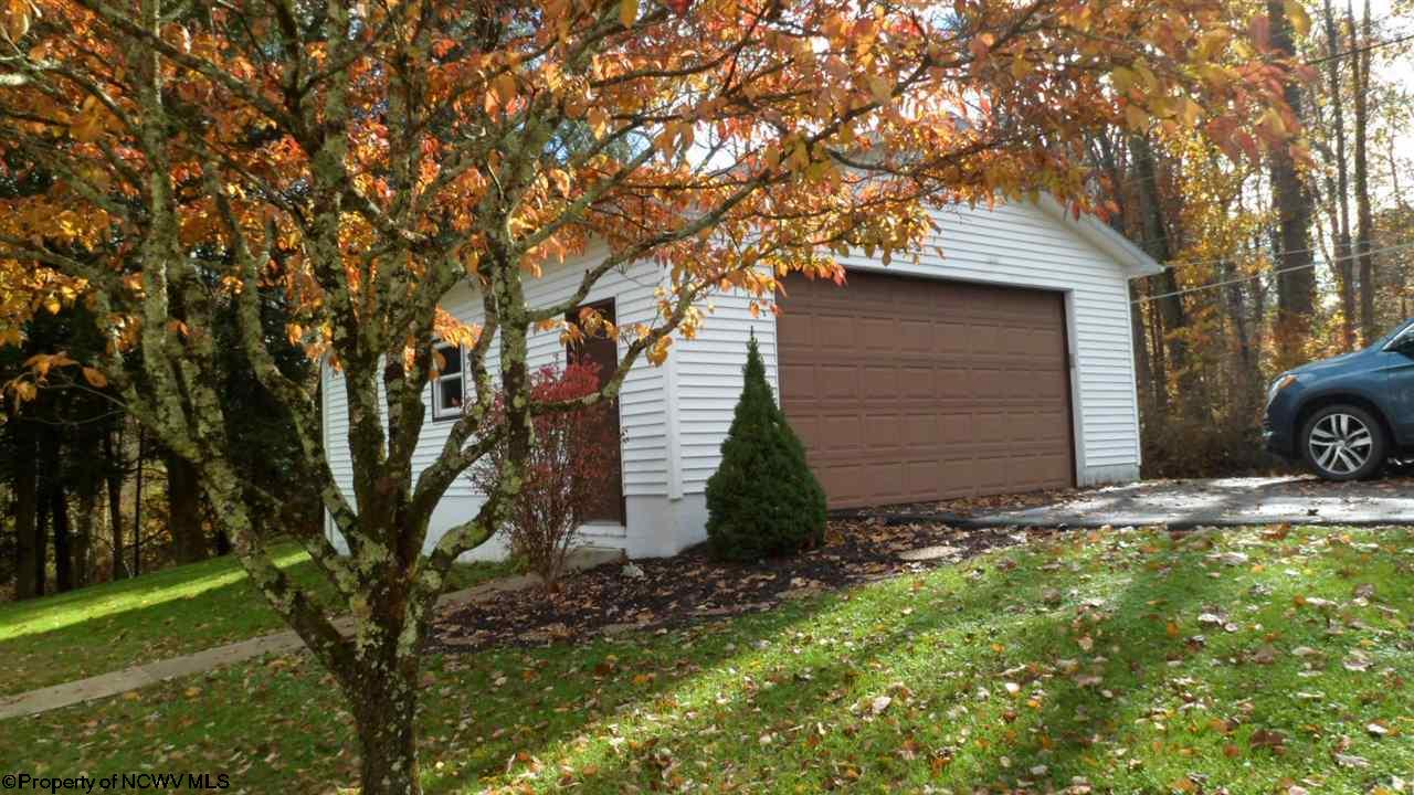 184 ACE DRIVE, CLARKSBURG, WV 26301  Photo 14