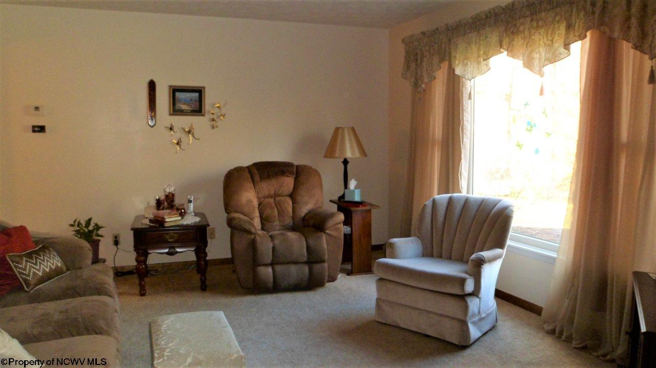 184 ACE DRIVE, CLARKSBURG, WV 26301  Photo 5