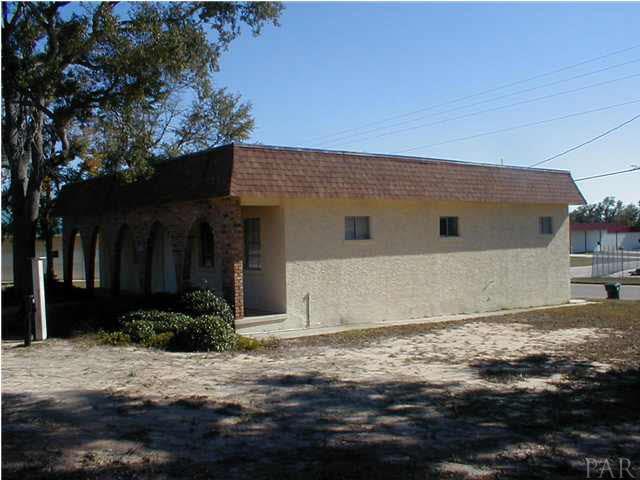 6056 Doctors Park Rd, Milton, FL 32570