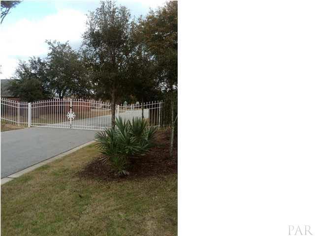 10530 Squall Line Rd, Pensacola, FL 32507