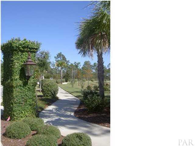 4897 Leeward Dr, Pensacola, FL 32507
