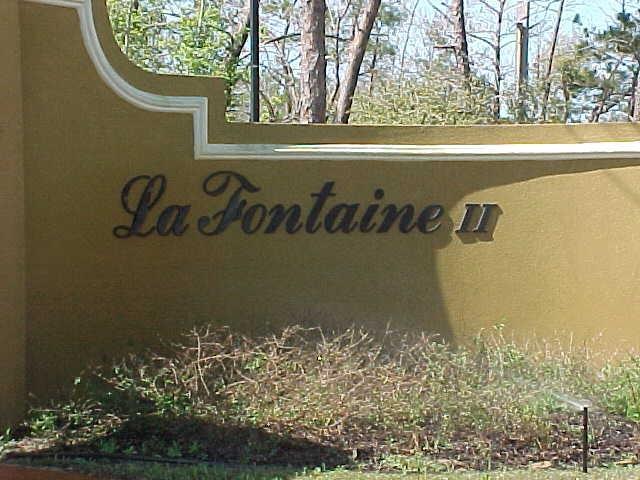 1966 Fontainebleau Ct, Navarre, FL 32566