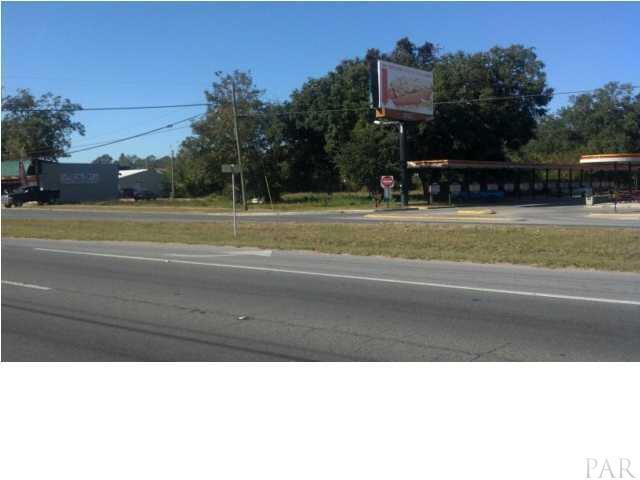 2300 W Fairfield Dr, Pensacola, FL 32505