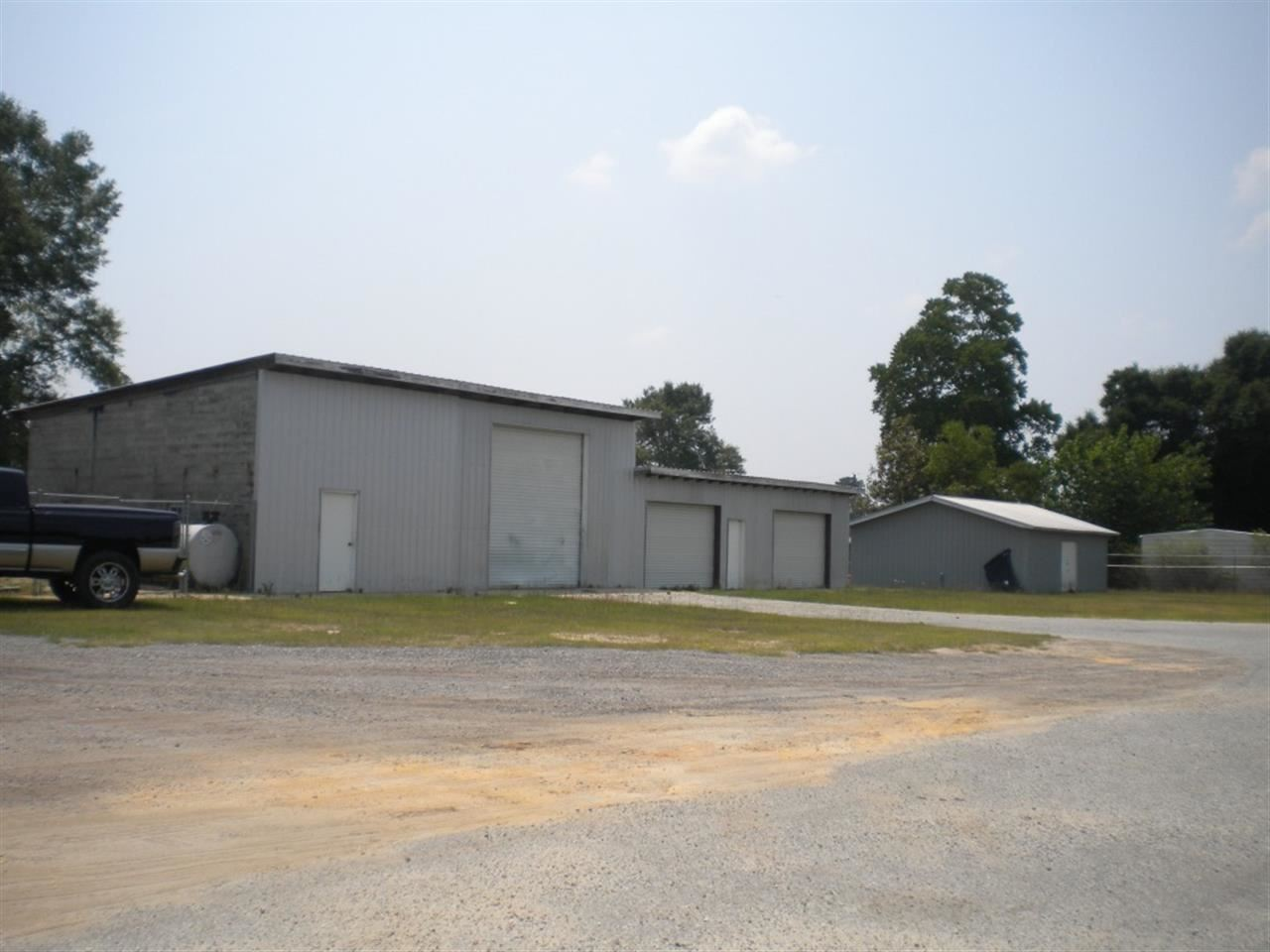 1210 Kingsfield Rd, Cantonment, FL 32533