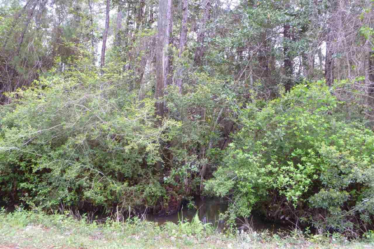 1831 Fuller Rd, Gulf Breeze, FL 32563