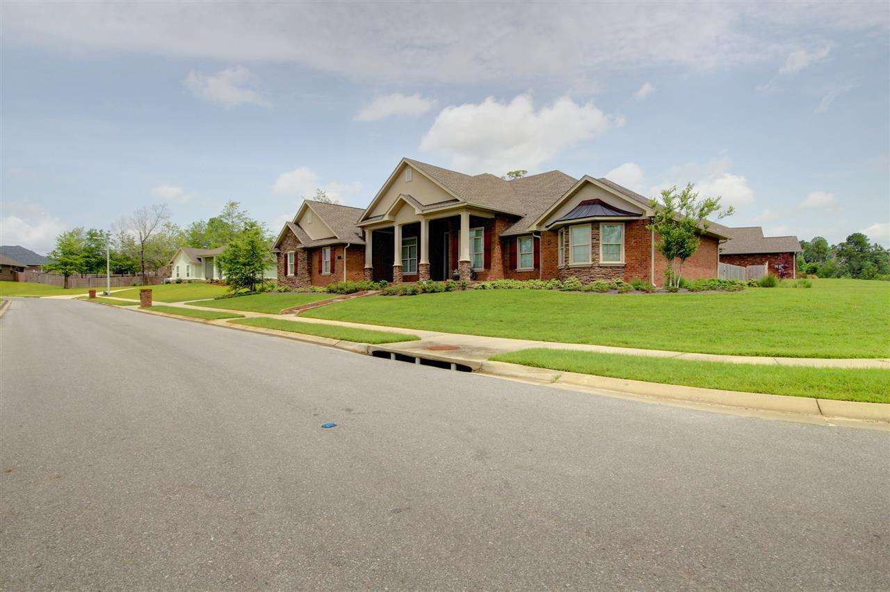 1070 Iron Forge Rd, Cantonment, FL 32533
