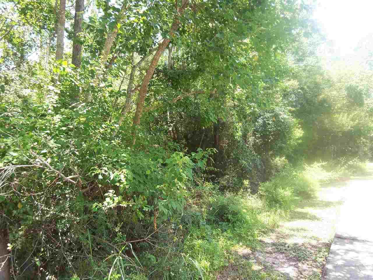 9894 Aileron Ave, Pensacola, FL 32506