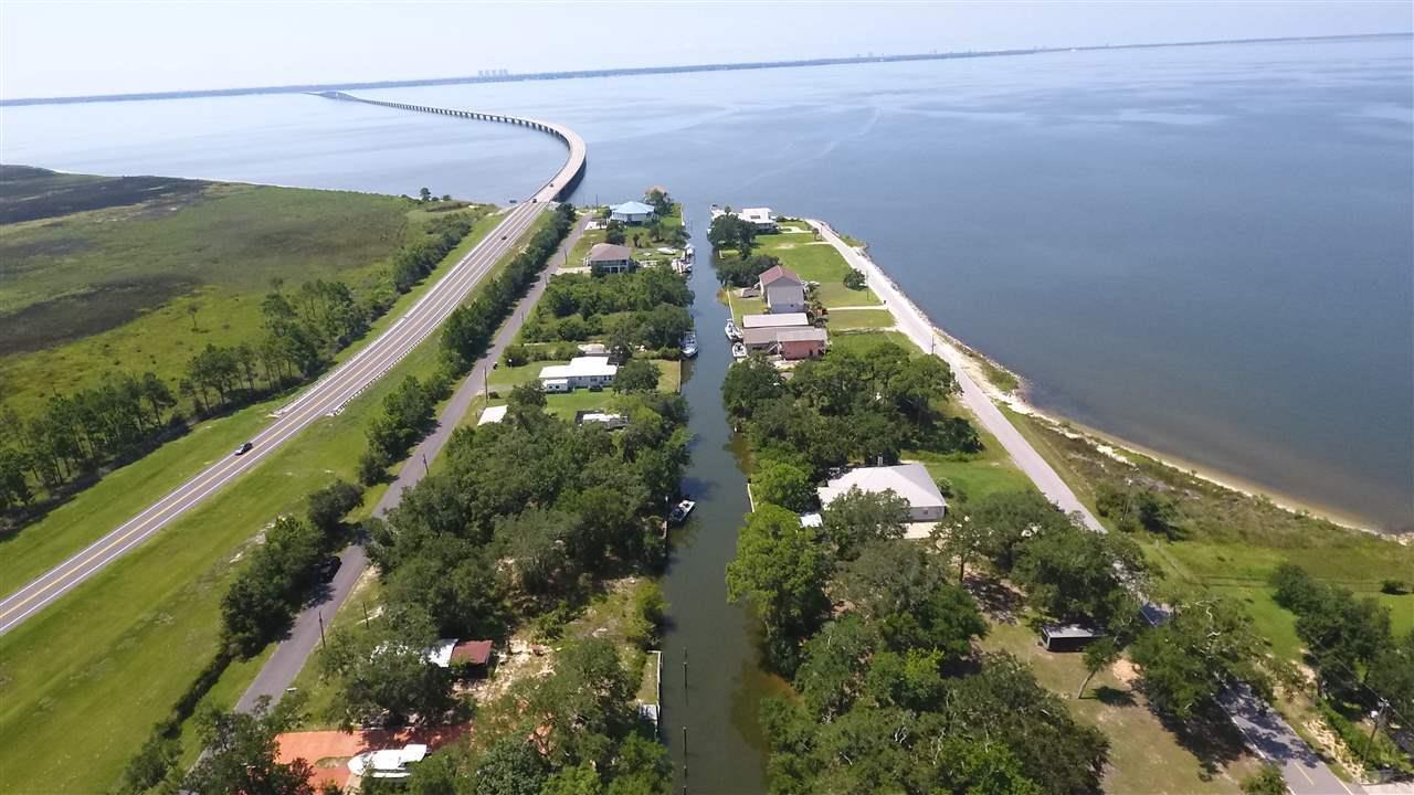 311 Katie St, Milton, FL 32583