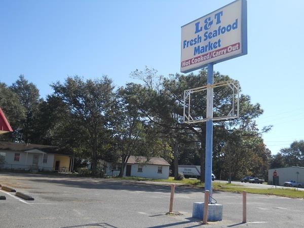 8710 Pensacola Blvd, Pensacola, FL 32534