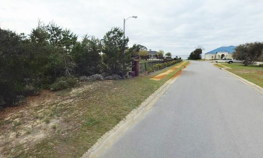11/C Heritage Park Way, Navarre, FL 32566