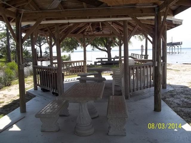 000 Pearson Rd, Milton, FL 32583