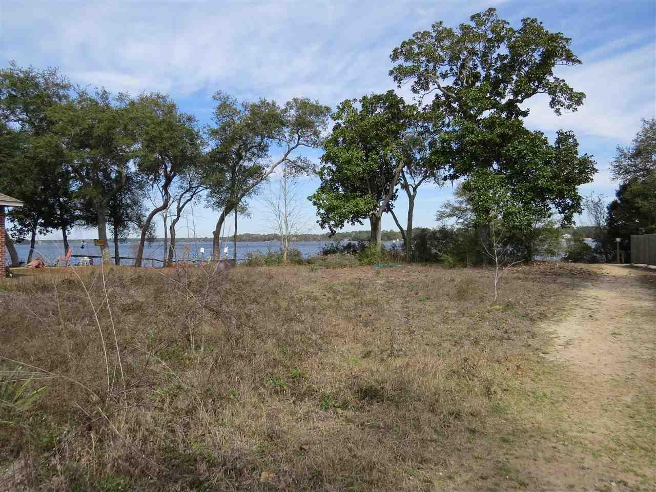 2816 Grand Bay Ct, Navarre, FL 32566