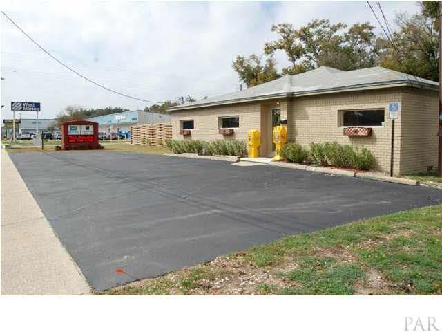 3480 Barrancas Ave, Pensacola, FL 32507