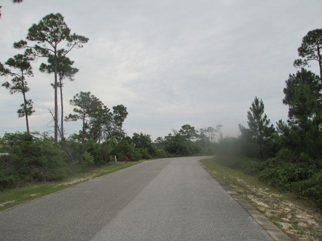 16159 Tarpon Dr, Pensacola, FL 32507