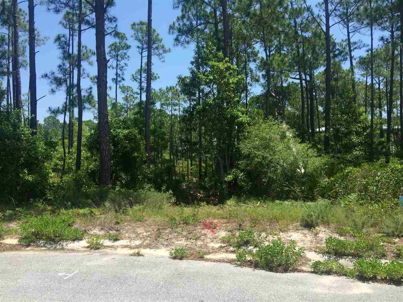 6037 Emerald Sound Dr, Gulf Breeze, FL 32563