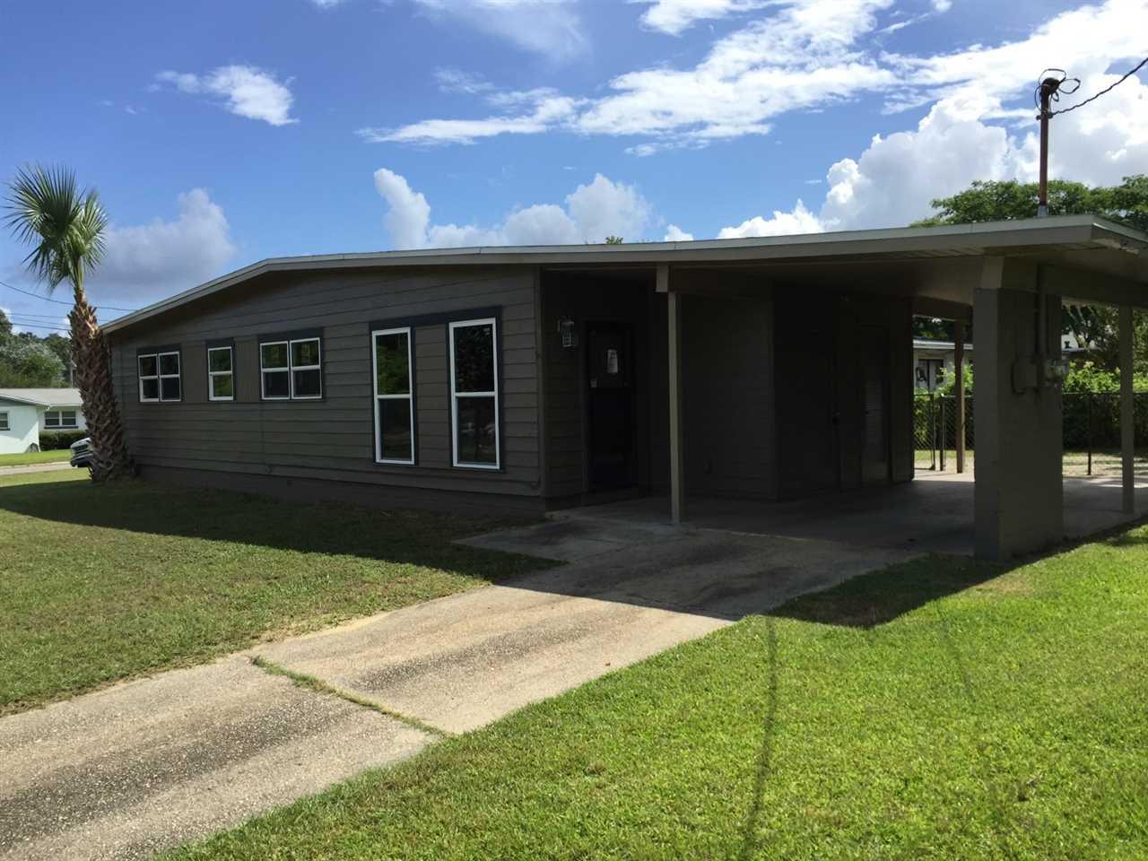 10 Fountain Abbey Dr, Pensacola, FL 32506