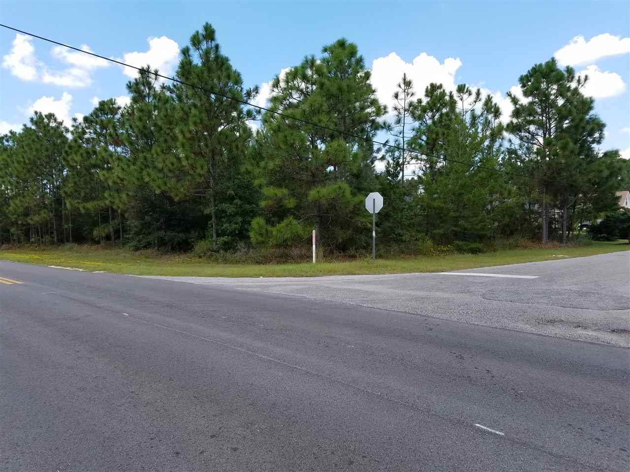 2339 Darvas Dr, Navarre, FL 32566
