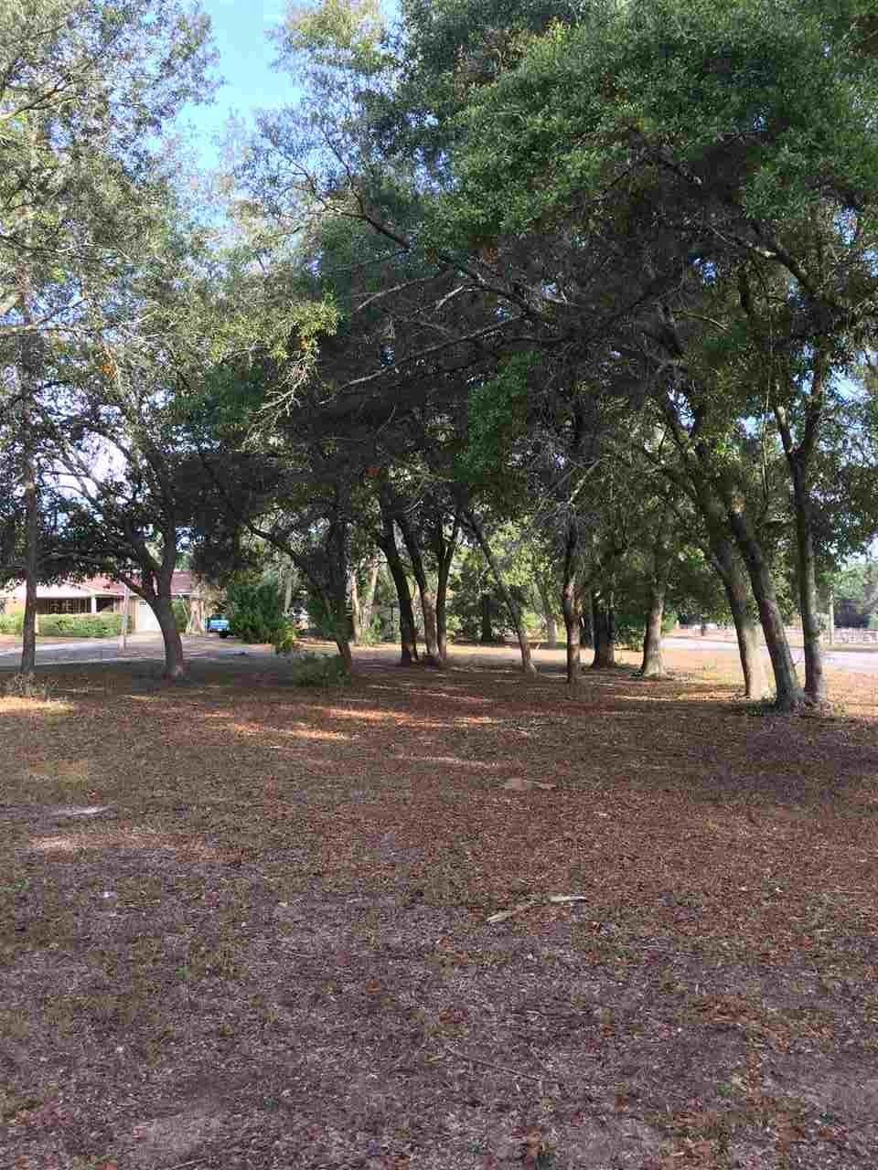 Chavers St, Milton, FL 32570