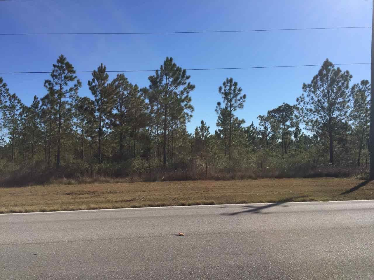 1349 A Garcon Point Rd, Milton, FL 32583