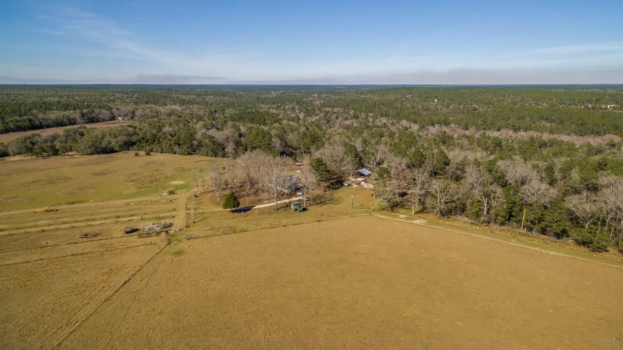 6025 Lake Ella Rd, Crestview, FL 32536