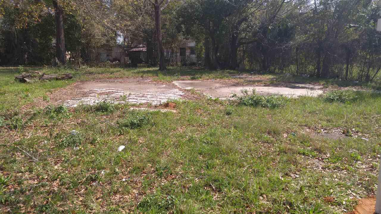 2836 N Davis Hwy, Pensacola, FL 32503