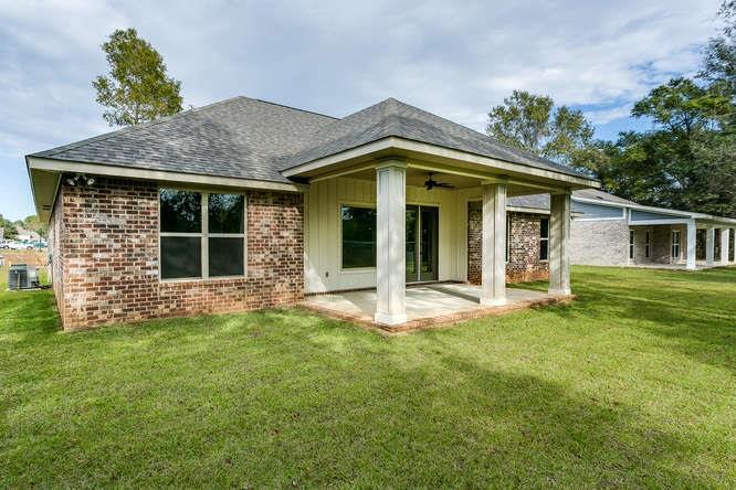 8764 Blake Evan Cir, Pensacola, FL 32526