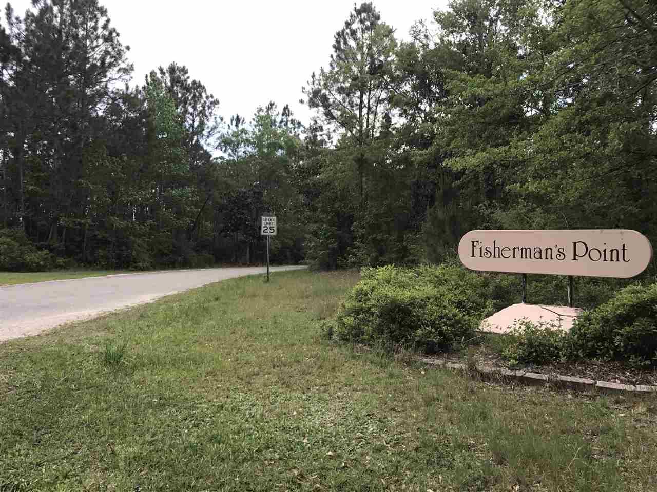 4500 Fishermans Point Dr, Milton, FL 32583
