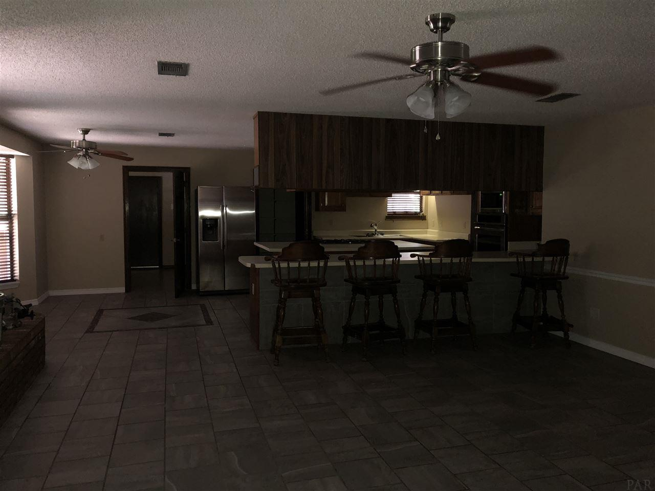 3578 Acy Lowery Rd, Pace, FL 32571