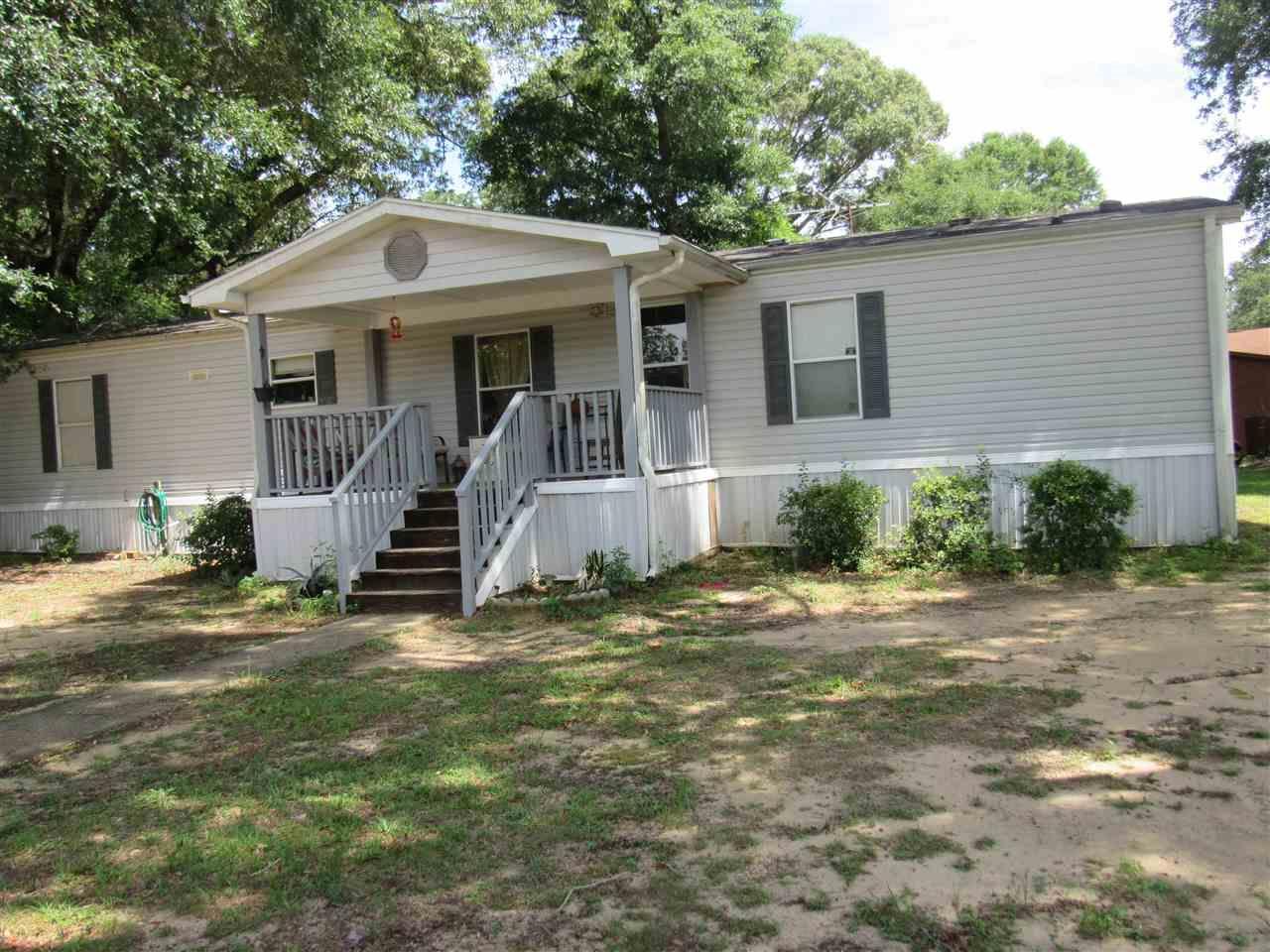 2027 Roberts Cir, Pensacola, FL 32534