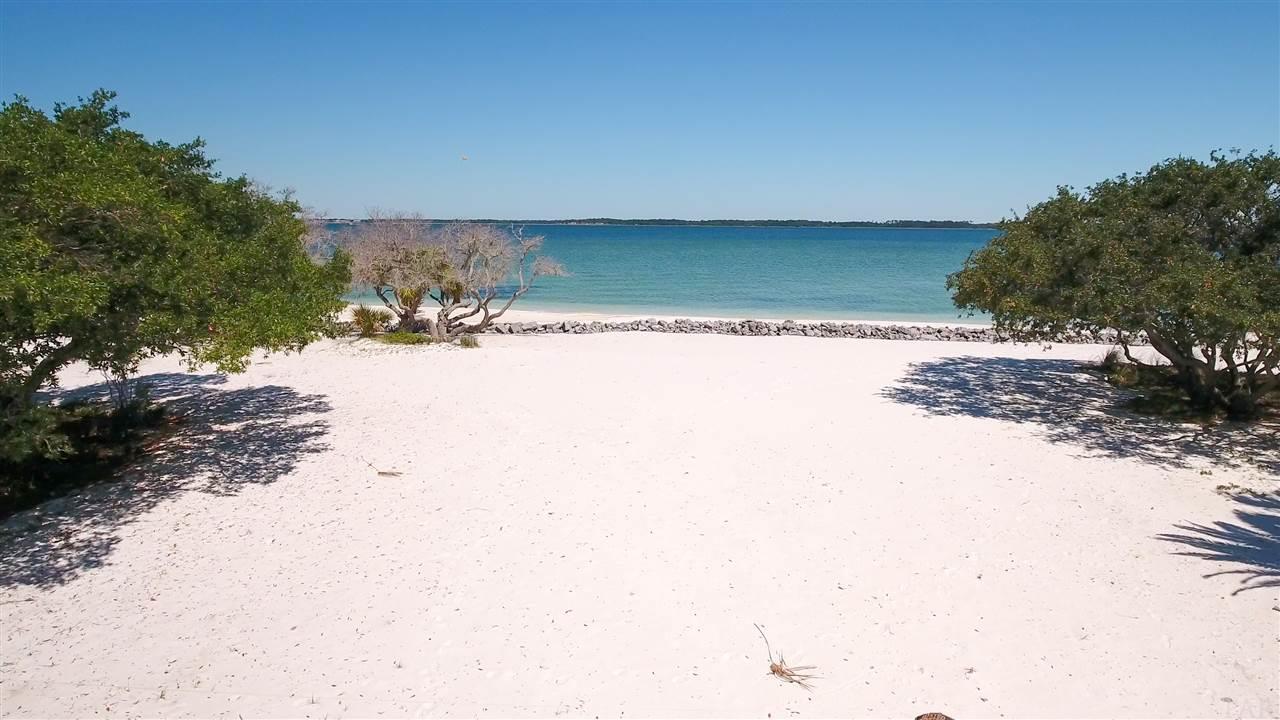 815 Rio Vista Dr, Pensacola Beach, FL 32561