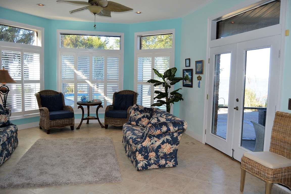 337 S Garcon Point Rd, Milton, FL 32583