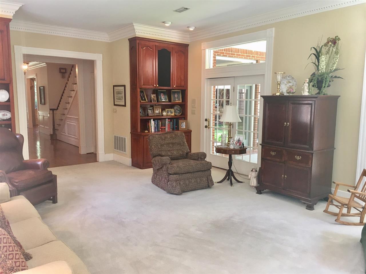 5930 Oak Manor Dr, Milton, FL 32570