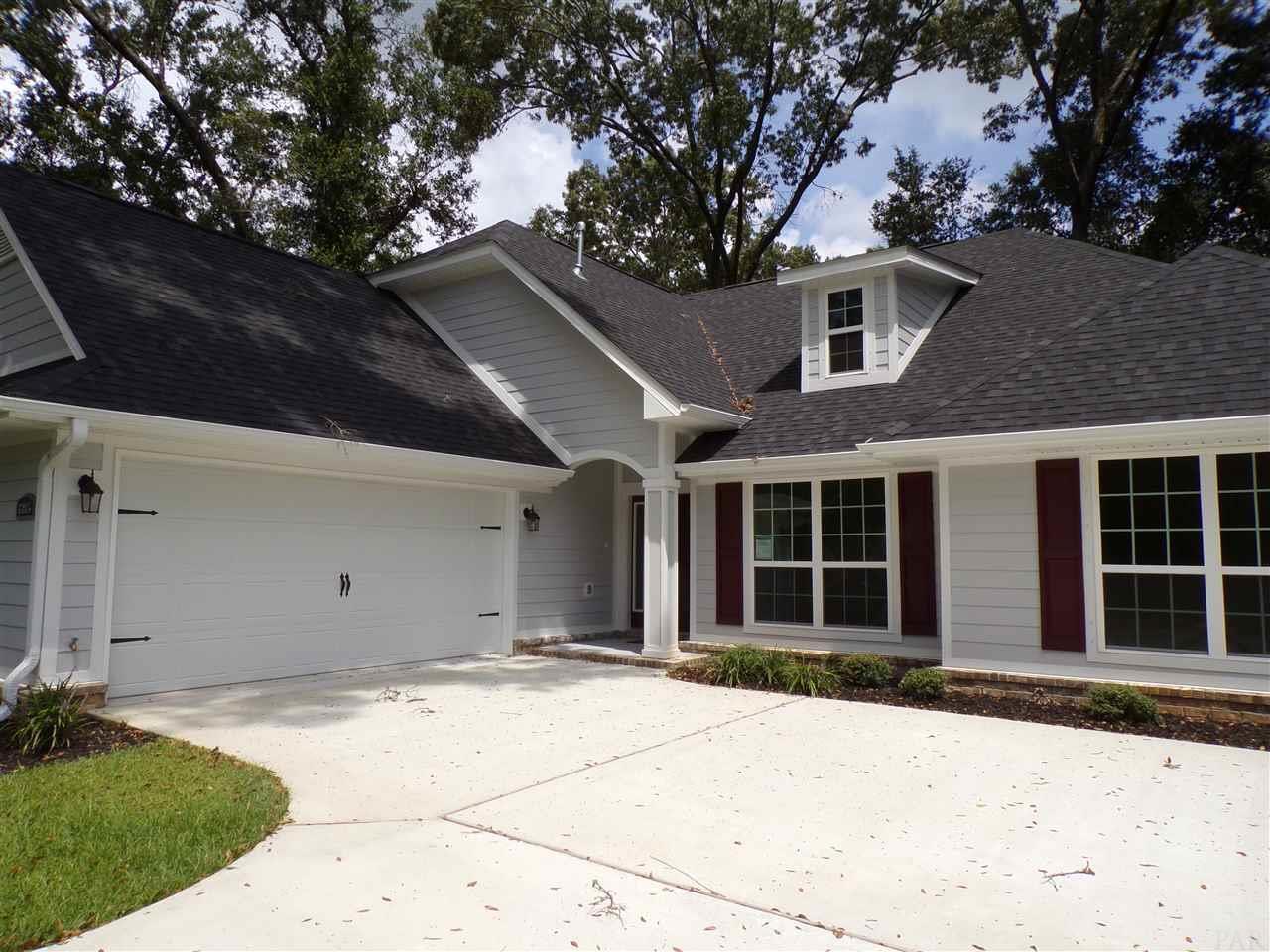 6085 Twenty One Oaks Dr, Pensacola, FL 32526