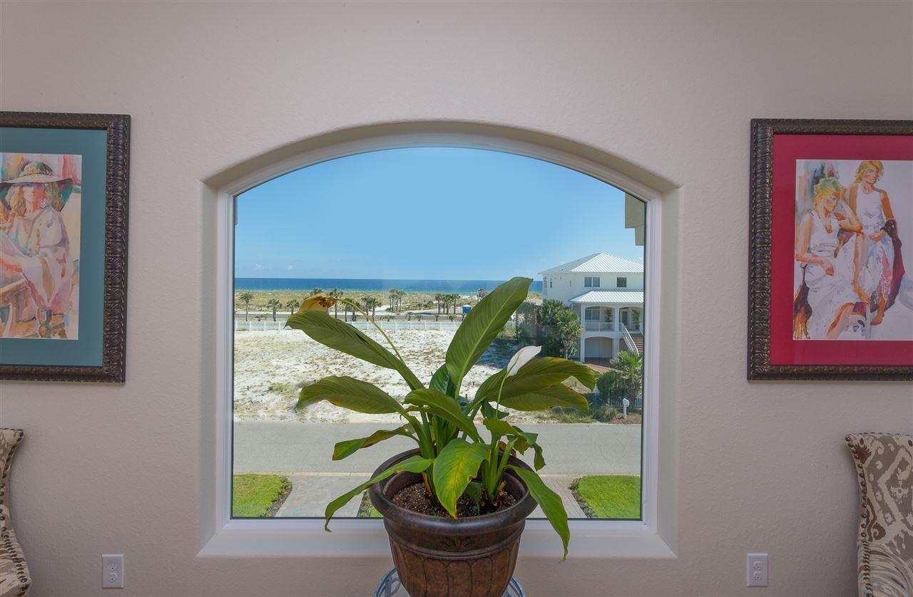 8 Ocean View Dr, Pensacola Beach, FL 32561
