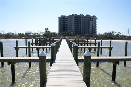 14900 River Rd #607, Pensacola, FL 32507
