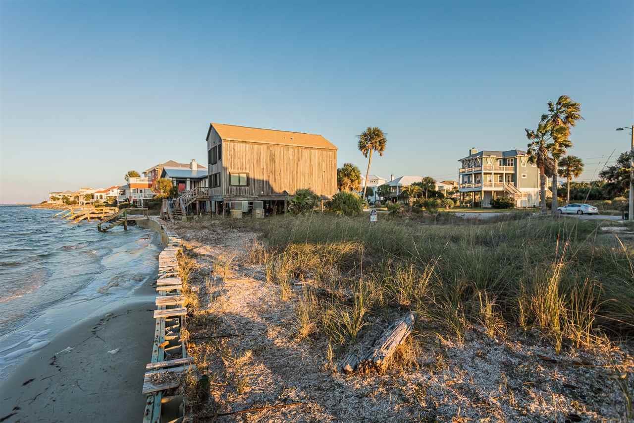1755 Ensenada Dos, Pensacola Beach, FL 32561