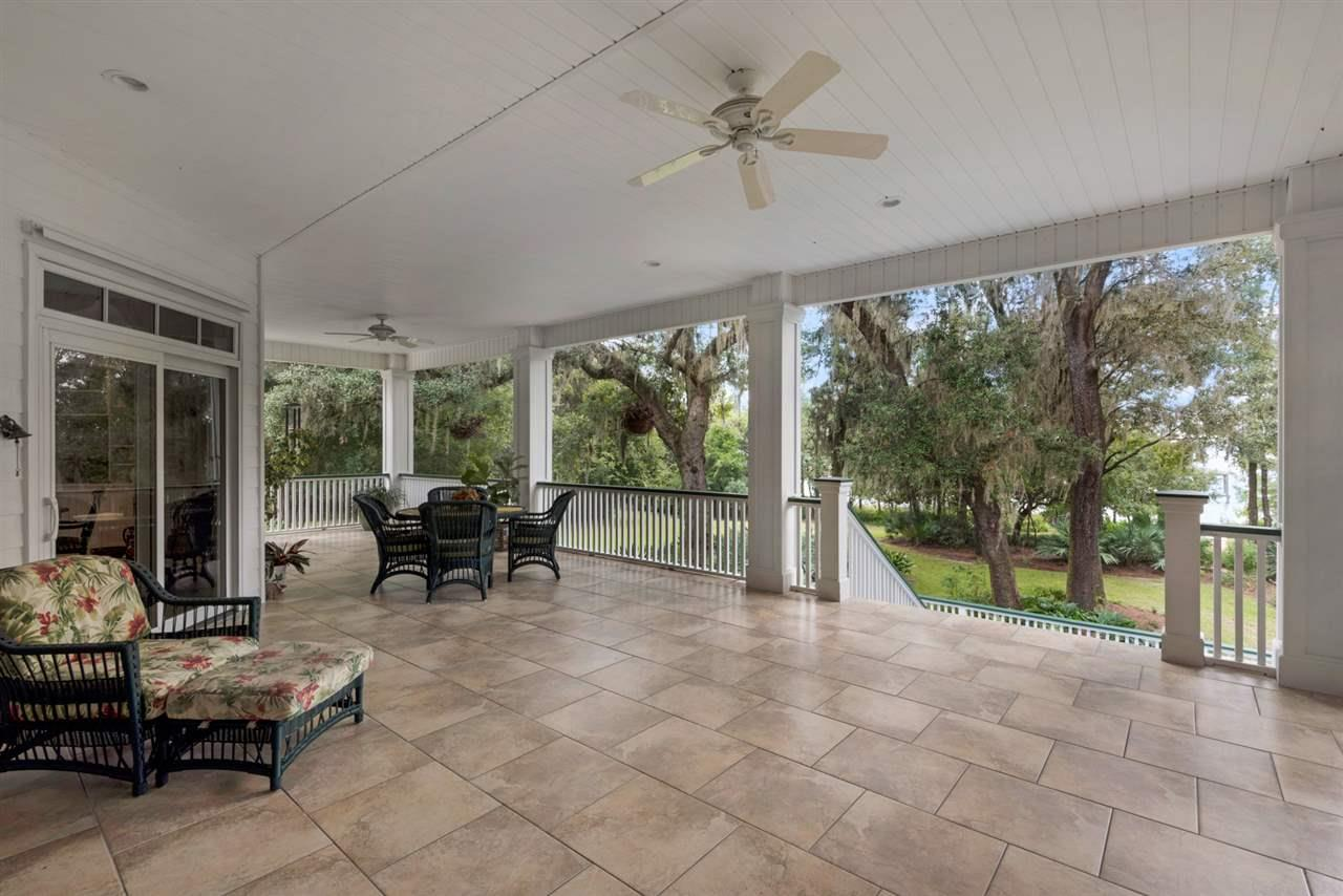 7636 Old Bay Pointe Rd, Milton, FL 32583